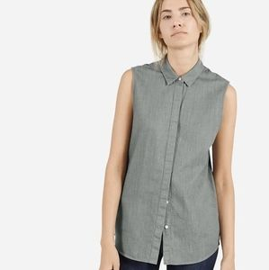 Everlane sleeveless shirt size small